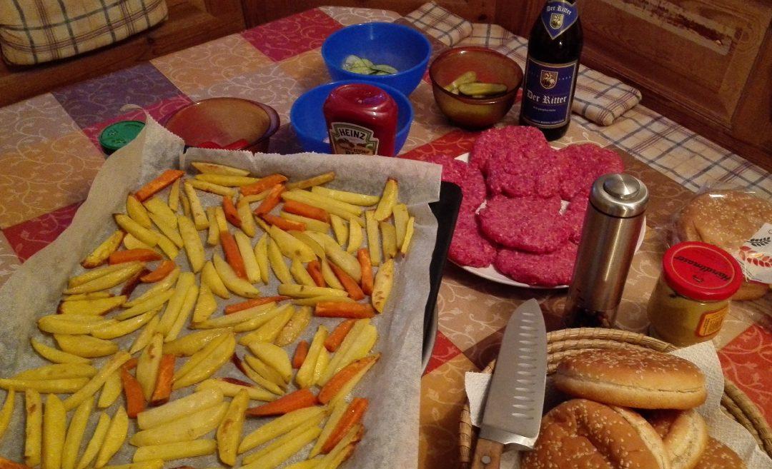 Hmmmm … leckere selbstgemachte Pommes & Burger Patties